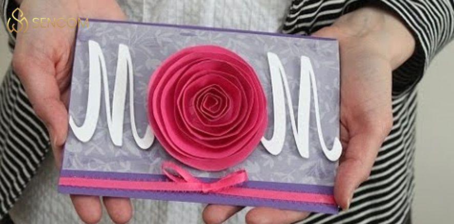 Nếu bạn đang phân vân chưa biết lựa chọn món quà tặng sinh nhật mẹ sao cho đầy ý nghĩa thì hãy cùng Sencom điểm qua 30 quà tặng sinh nhật mẹ...